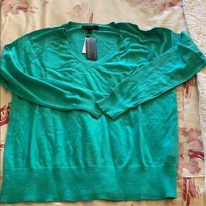 NWT Banana Republic Silk Cotton V-Neck Sweater